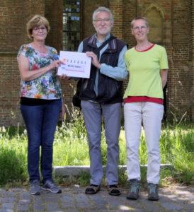Veiling van'TLopend Vuurtje ten bate van Stichting Scheldekat.